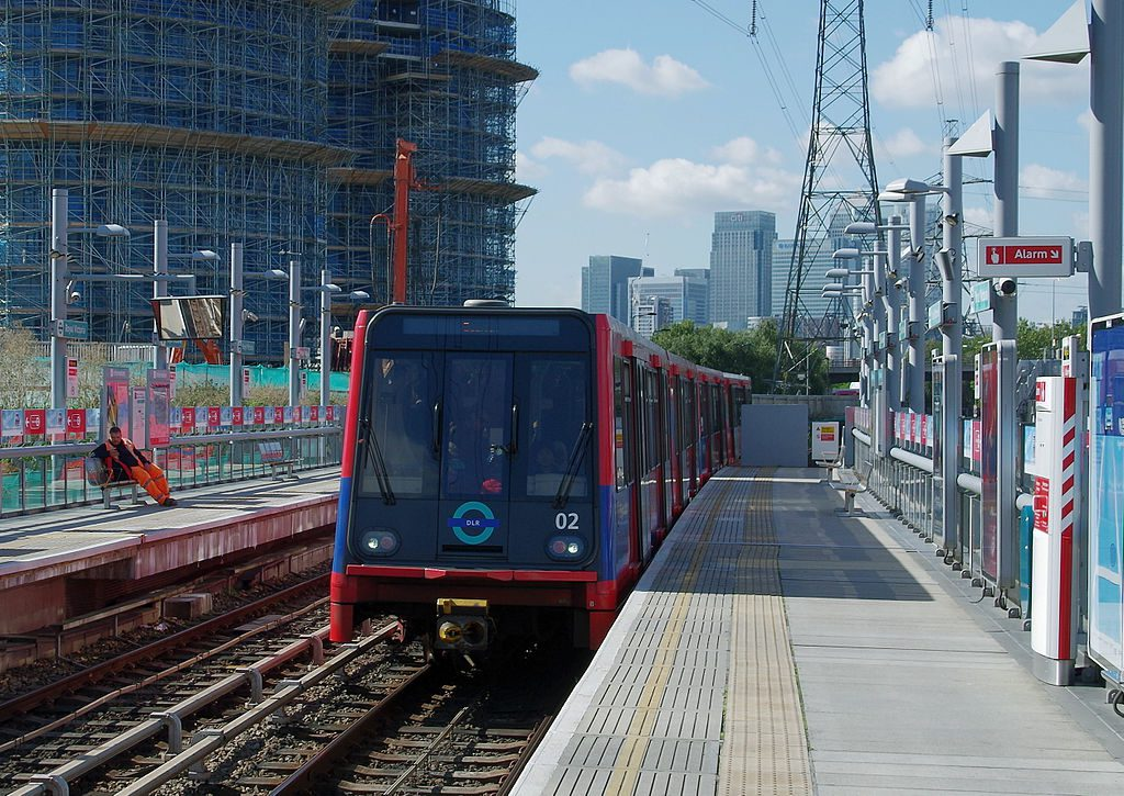 Transport for London to order new trains for Docklands Light Railway