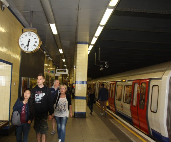 Underground (aldgate east)