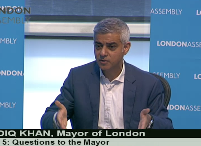 Sadiq Khan: A 'no deal' Brexit would be 'catastrophic' for London businesses and NHS