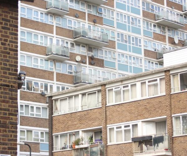 Housing estate nw1 768x512