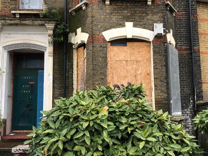How many empty homes are there in London and what can be done about them?