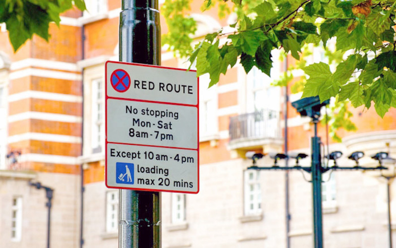 Transport experts call for rethink about London's Red Routes