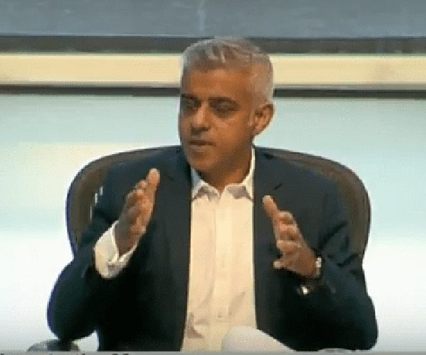 London EU citizens 'scared' to seek Brexit advice from government, says Sadiq Khan