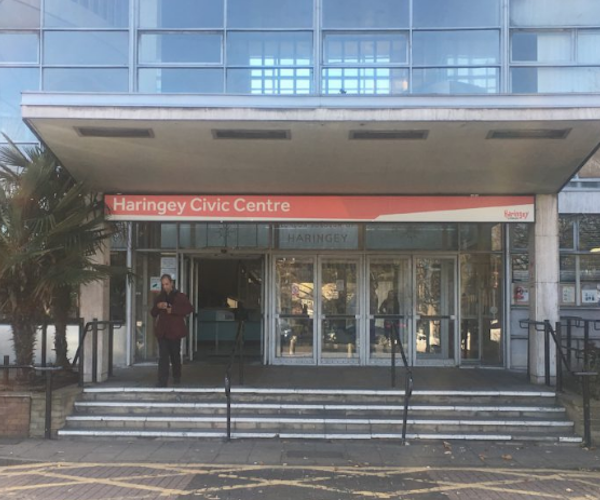 Haringey: 'Corbyn Council' loses cabinet member over 'imprudent' financial decisions