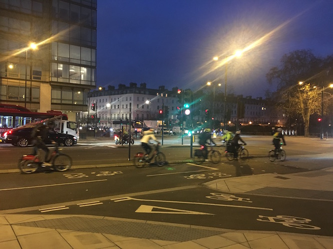 Cyclists on Vauxhall Bridge: Are the numbers tumbling?